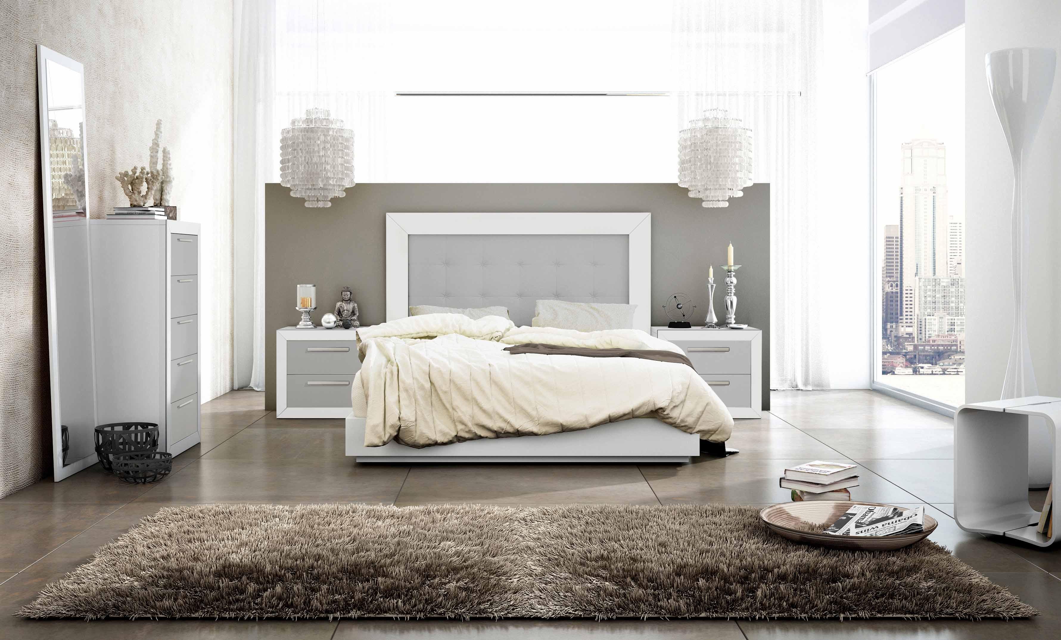 Dormitorios modernos en blanco y plata dise os for Dormitorio wengue y plata